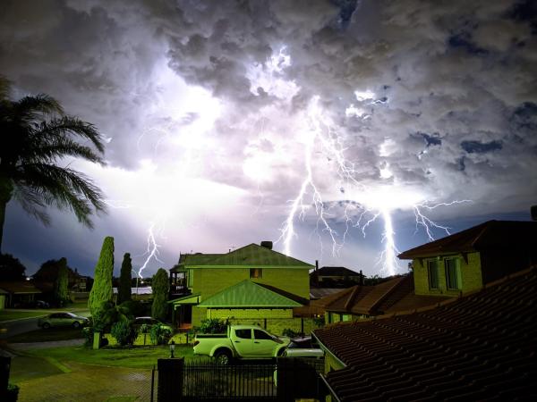 Lightning in Australian suburb